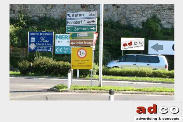 Kategorie: Werbeflächen Type: Werbeträger Fix. Land: Österreich Bundesland:  Oberösterreich Ort: Enns Adresse: Kreisverkehr Forstbergstraße Wienerstraße
